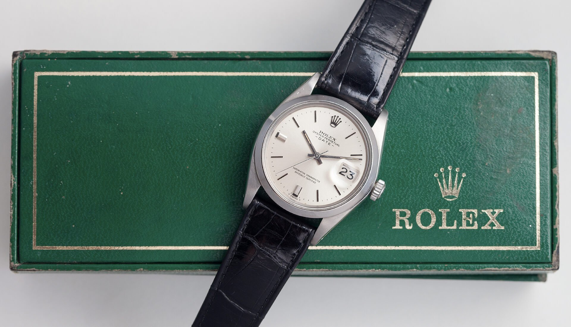 In The Metal: Three Stunning Vintage Watches That Won't Break The Bank