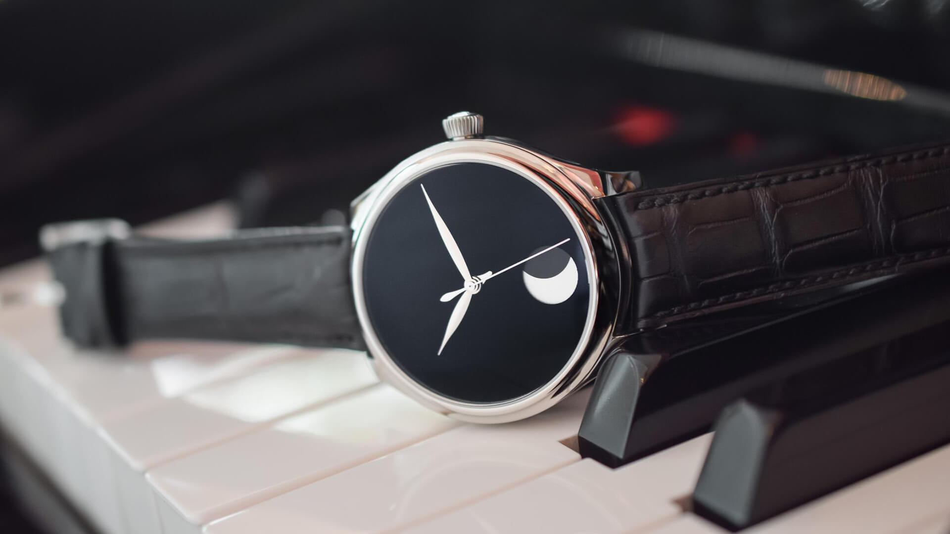 From The Press: The Blackest Shade of Black – The H. Moser & Cie Endeavour Perpetual Moon Concept VantaBlack