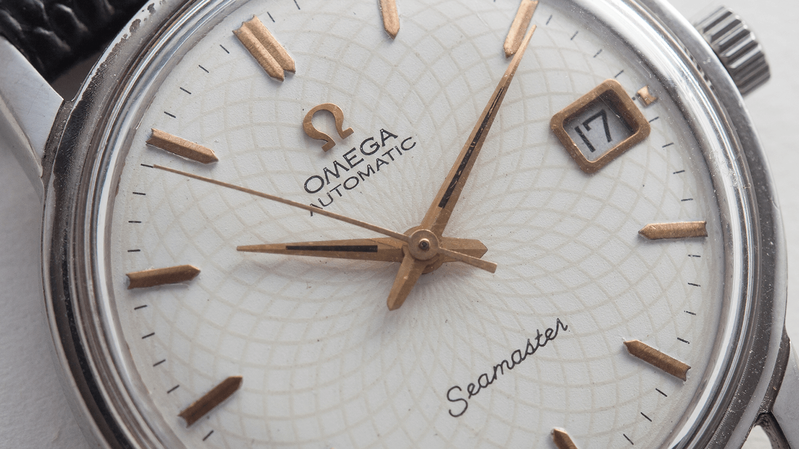In The Metal: I Have NEVER Seen This Amazing Omega Dial Before